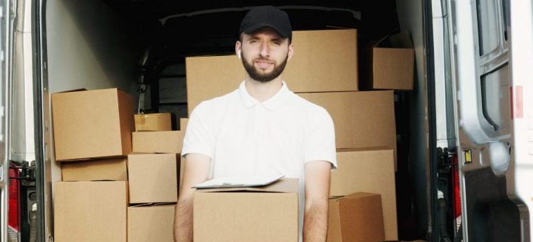 Hire movers West Hollywood and reduce the moving stress!