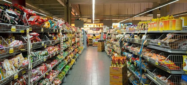 grocery store - places to find packing supplies