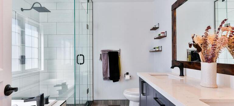 trying to pack a bathroom after reading room-by-room packing tips for interstate move